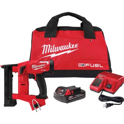Milwaukee M18 FUEL 18 Volt Lithium-Ion 1/4 In. Narrow Crown Brushless Cordless Finish Stapler Kit