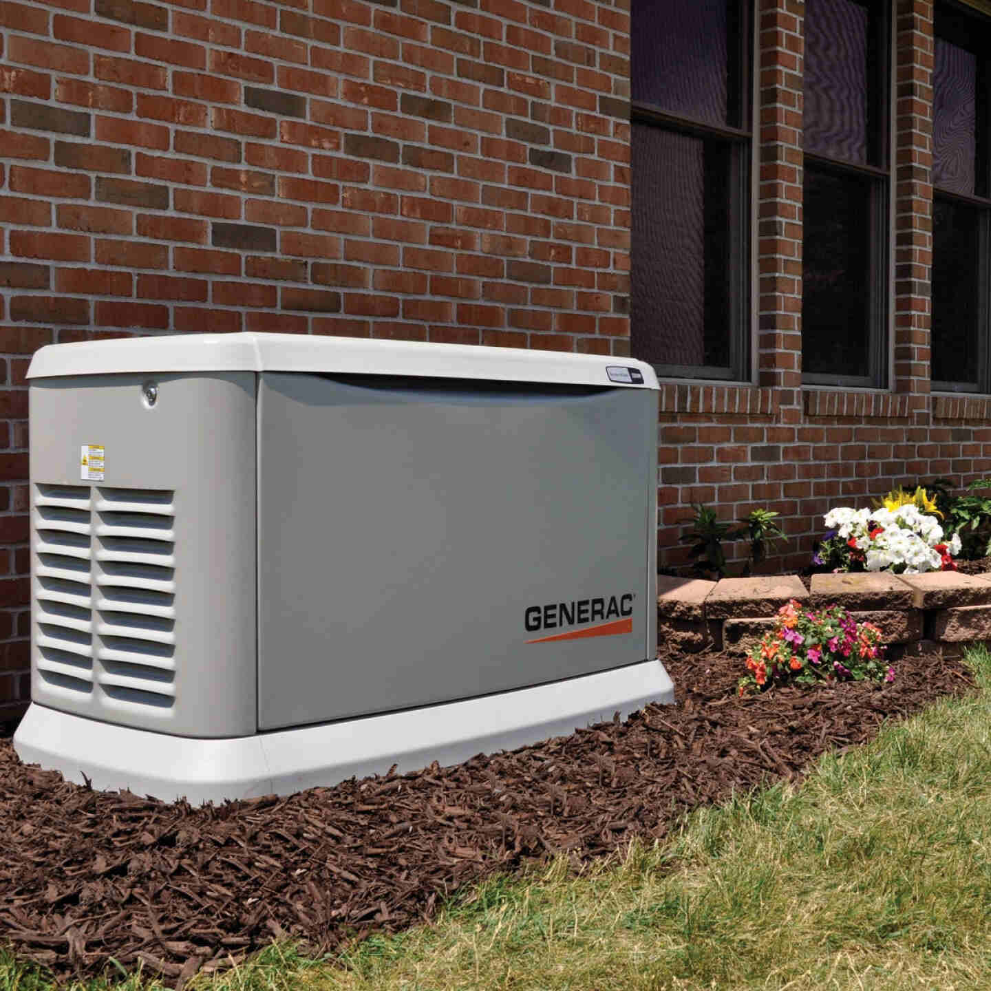 Generac Guardian WiFi 19,500W Natural Gas/22,000W LP Home Standby Generator with 200A Automatic Transfer Switch Image 2